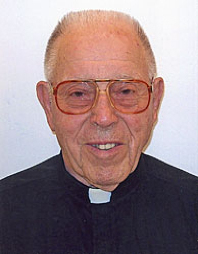 Father Anthony Schmidt, a priest for 66 years, passes away