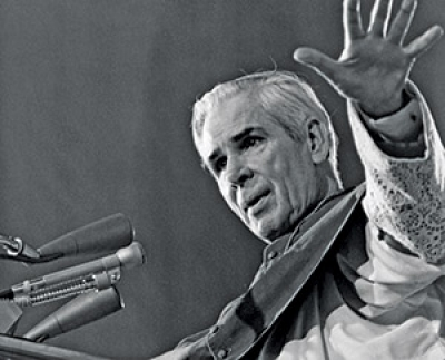 Peoria's Venerable Archbishop Sheen to become 'Blessed' after miracle approved by Pope Francis