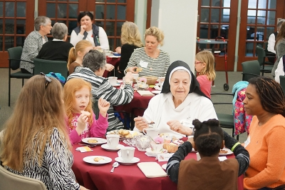 Dominican Sisters hosting several fun events for moms and daughters, students, adults