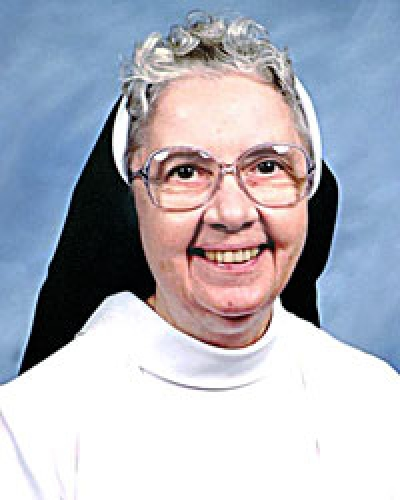 Obituary - Sister Mary Carolyn Englum, OP