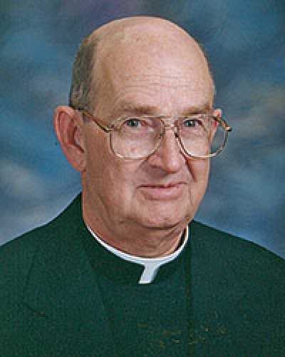 Funeral Mass held for Father Bauer, long-time diocesan priest