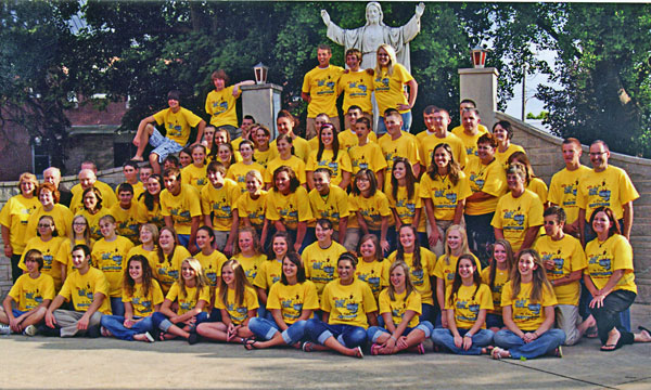 Shortly before they were to begin a Catholic HEART Workcamp trip to Memphis, Tenn., a large group of youth and their chaperones gather for a group photo at St. Francis of Assisi Parish in Teutopolis.